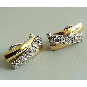 18 k gold earrings with diamond