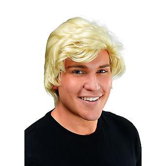 Blonde raie sur le côté de l'homme perruque.