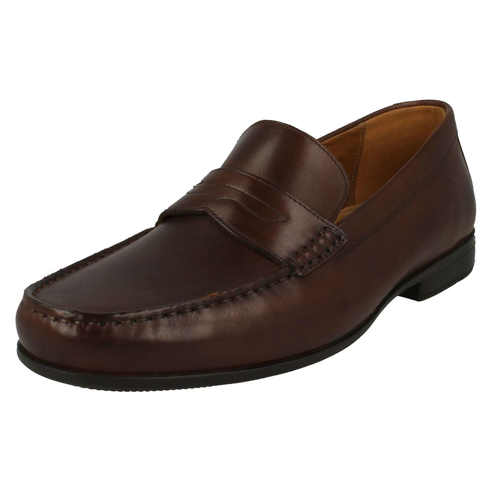 Mens Clarks formelle Slip On chaussures Claude Lane