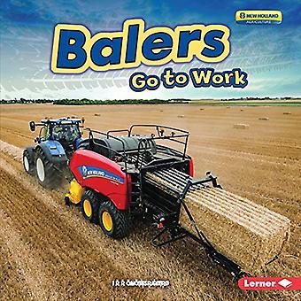 Veevoederpersen Ga naar werk (boerderij Machines op het werk)