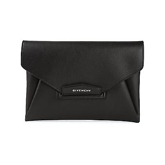 Givenchy women's BB05227012001 black leather clutch