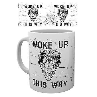 Comics de Batman Joker despertó esta manera beber en taza