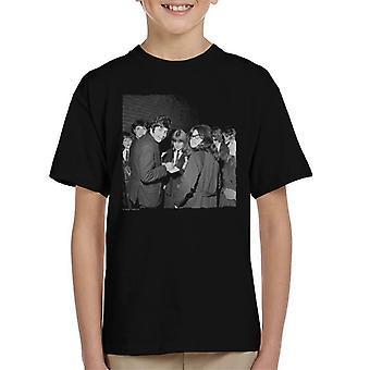 TV Times David Essex Signing Autographs Kid's T-Shirt