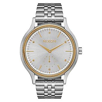Nixon women's Quartz analogue watch with stainless steel band A994-1921-00