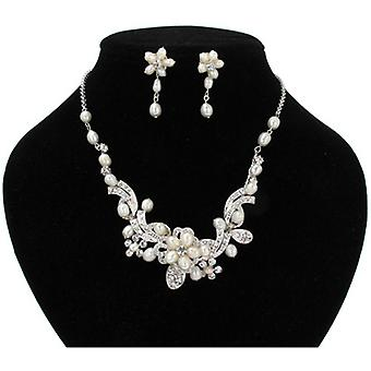 Swarovski Crystal and Pearl Floral Earrings and Necklace Jewellery Set