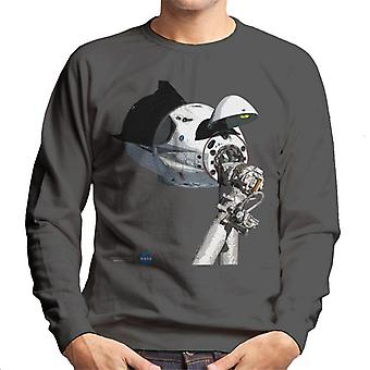 NASA SpaceX Dragon-Kapsel an die ISS Herren Sweatshirt