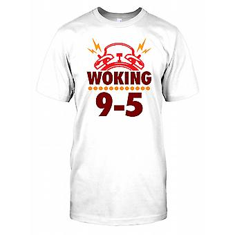 Woking - de travail de 9 à 5 - Drôle Wordplay Mens T Shirt