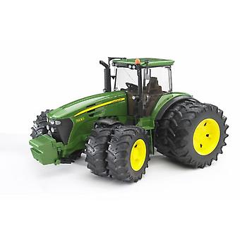 Bruder John Deere Double Wheel