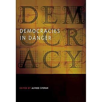 Demokratien in Gefahr (Übergang zur Demokratie und Konsolidierung)