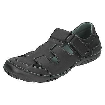Mens Maverick Closed Toe Sandals