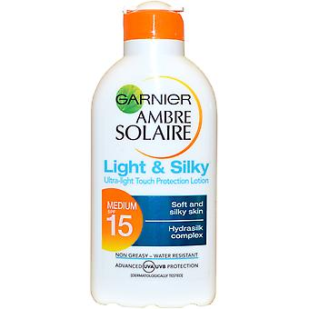 Garnier Ambre Solaire Sun Tan Ultra Light Lotion Light & Silky 200ml SPF15 Water Resistant