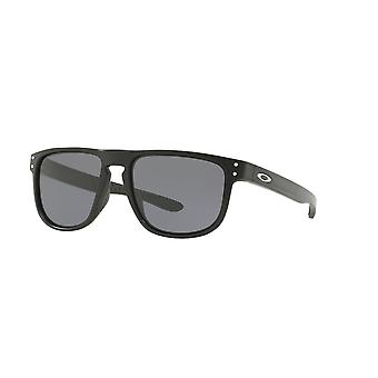 d5ddb59a8d910 Oakley OO9377-01 OO9377-01 Matte Black Holbrook R Square Sunglasses Lens  Category 3