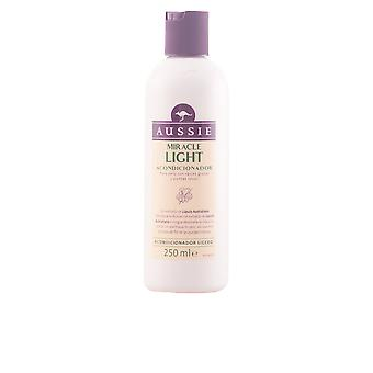 Aussie MIRACLE LIGHT purifying conditioner 2