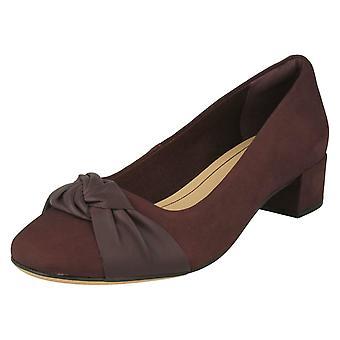 Damen Clarks beugen detaillierte Block Heel Schuhe Orabella Lily