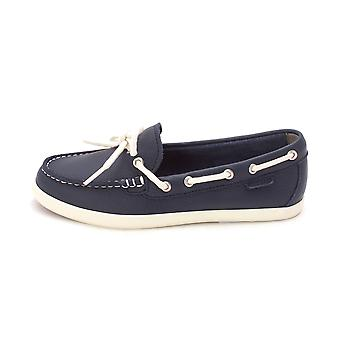 Cole Haan Womens W02518 Closed Toe Boat Shoes