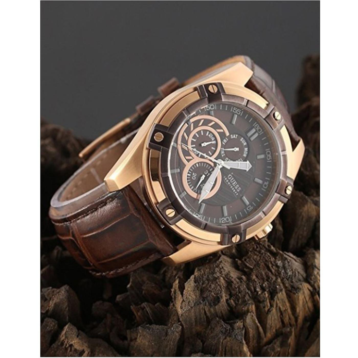 Stunning Guess Mens Watch Brown Leather W0039G3