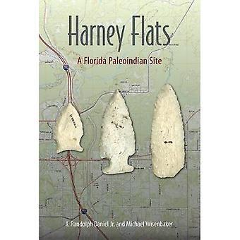 Harney Flats - A Florida Paleoindian Site by I.Randolph Daniel - 97816