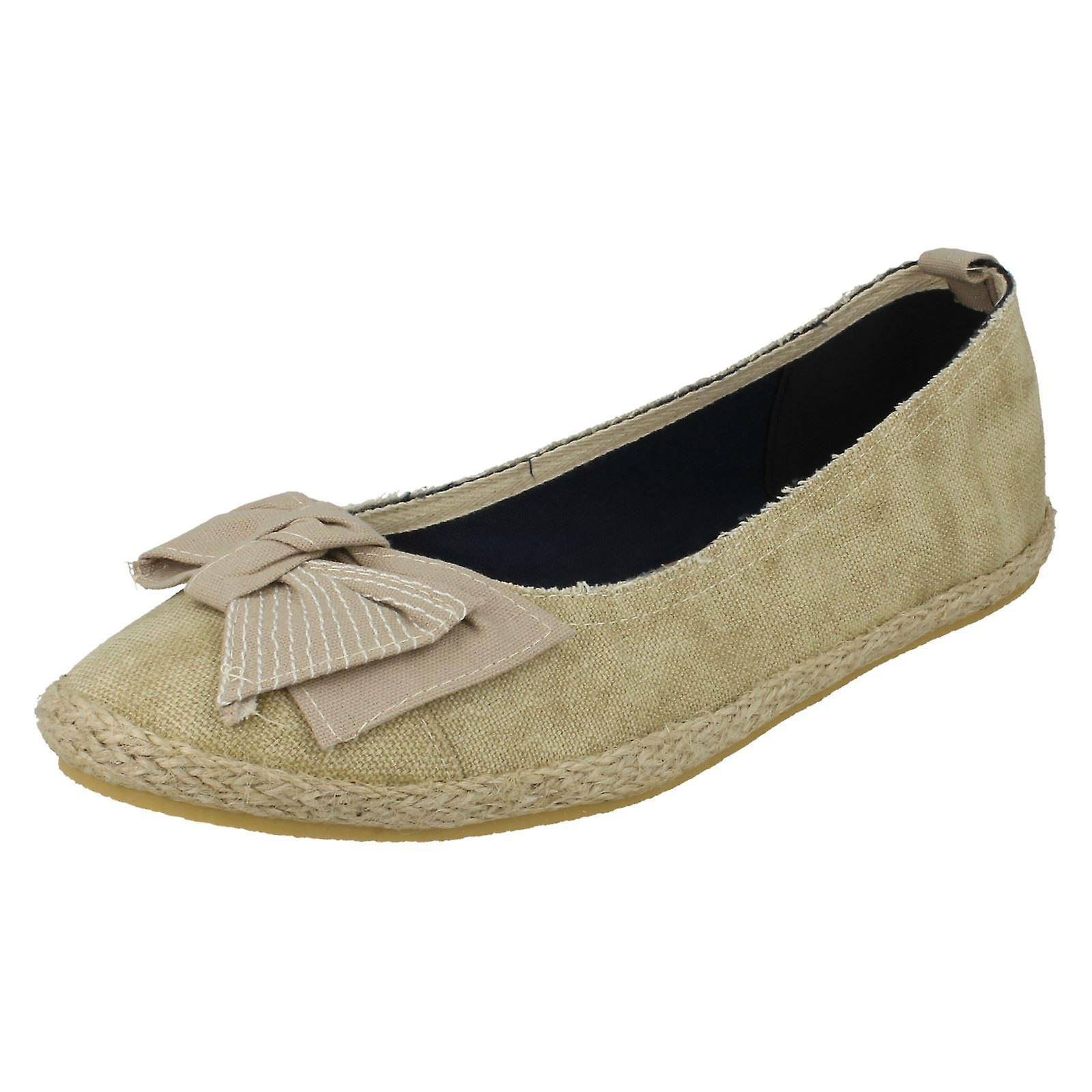 Damen-Spot auf flache Schuhe F2096