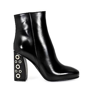 Pinko women's 1P20SUY2VE black leather ankle boots