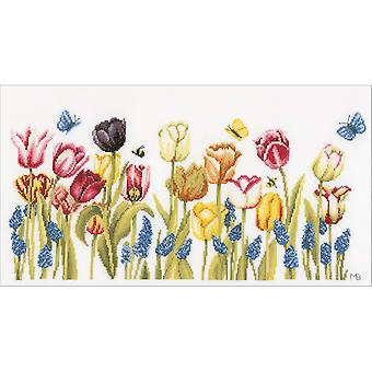 LanArte Tulips On Cotton Counted Cross Stitch Kit-20