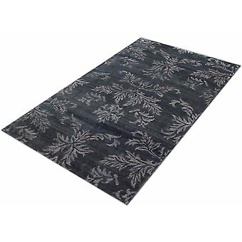 Floral Hand Tufted Silk Rugs(made In India)