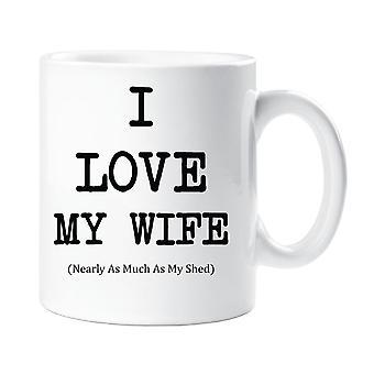 Ich liebe meine Frau fast so viel wie meine Schuppen-Becher