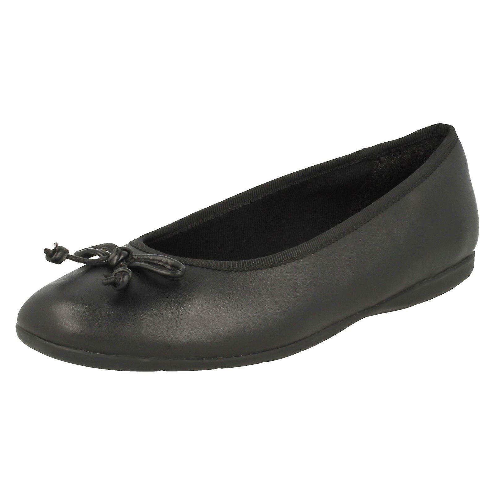 Girls Jesse Clarks Slip On Bow School Shoes Jesse Girls Shine/ Quality Priority /Gentleman/Lady 8482f9