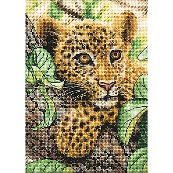Gold Collection Petite Leopard Cub Counted Cross Stitch Kit 5