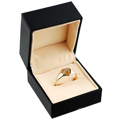 9ct Gold 9x9mm ladies engraved heart shaped Signet ring