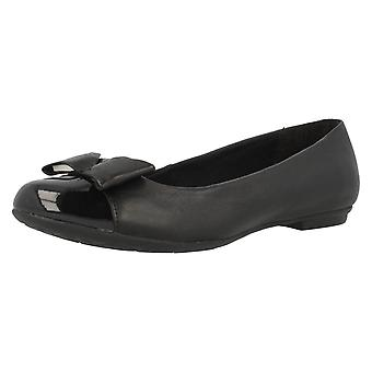 Senior Girls Bootleg by Clarks School Shoes Tizz Ride