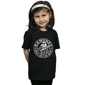 Ramones-Mädchen schlagen auf dem Brat-T-Shirt