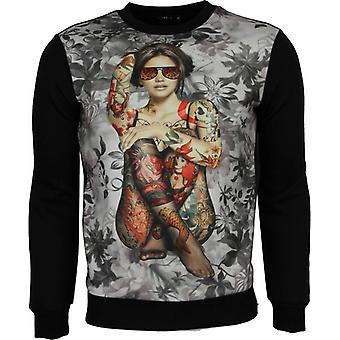 Sweatshirt-Floral motif tattooed lady Print men-Black