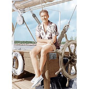 Errol Flynn, relaxando no seu iate Ca o início dos anos 1940 Photo Print