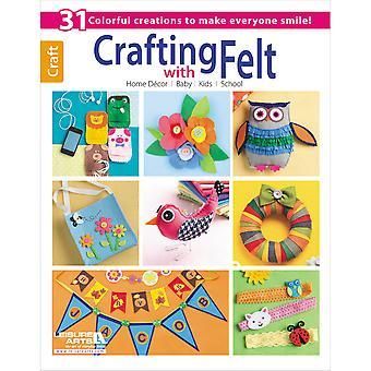 Leisure Arts Crafting With Felt La 5958