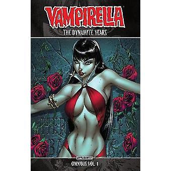 Vampirella - The Dynamite Years Omnibus Vol. 1 - 9781524104580 Book