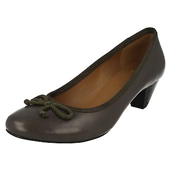 Ladies Clarks Low Heeled Court Shoes Abstract Art