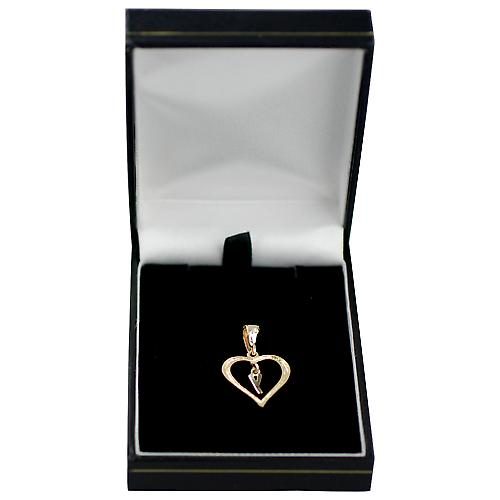 9ct Gold 18x18mm heart Pendant with a hanging Initial Y