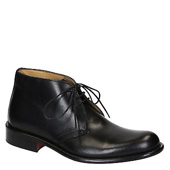 Black calf leather men's chukka boots made in Italy
