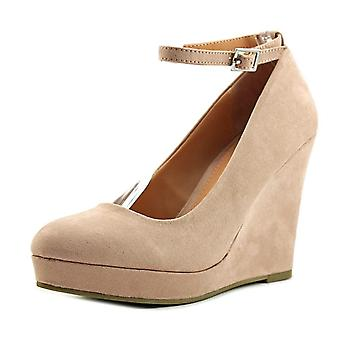 Material Girl Womens Vivie Fabric Closed Toe Ankle Strap Wedge Pumps