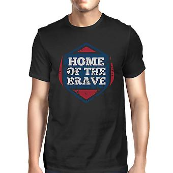 Hem för de modiga amerikanska flaggan skjorta Mens svart grafisk Tshirt