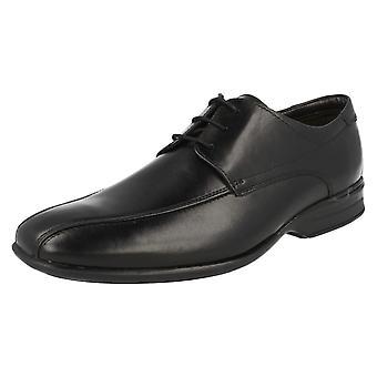 Mens Clarks lisse opp sko Gadwell Over