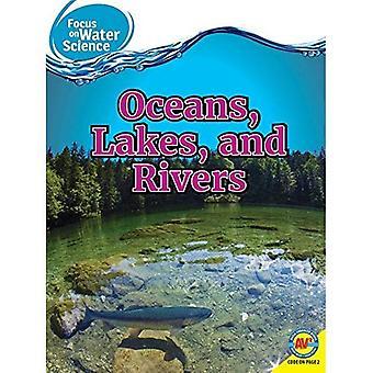 Oceans sjöar och floder (fokus på vatten vetenskap)