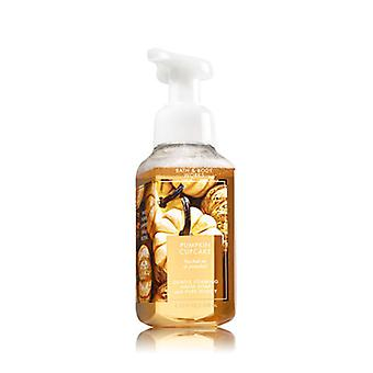 Bain et corps works Pumpkin Cupcake Gentle Foaming Hand Soap 8.75 oz / 236 ml ( 2 Lot )