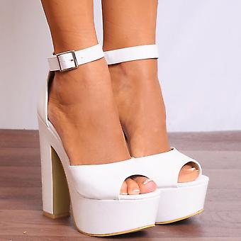 Koi Couture Ladies Fg2 White Pu Platforms Strappy Sandals High Heels