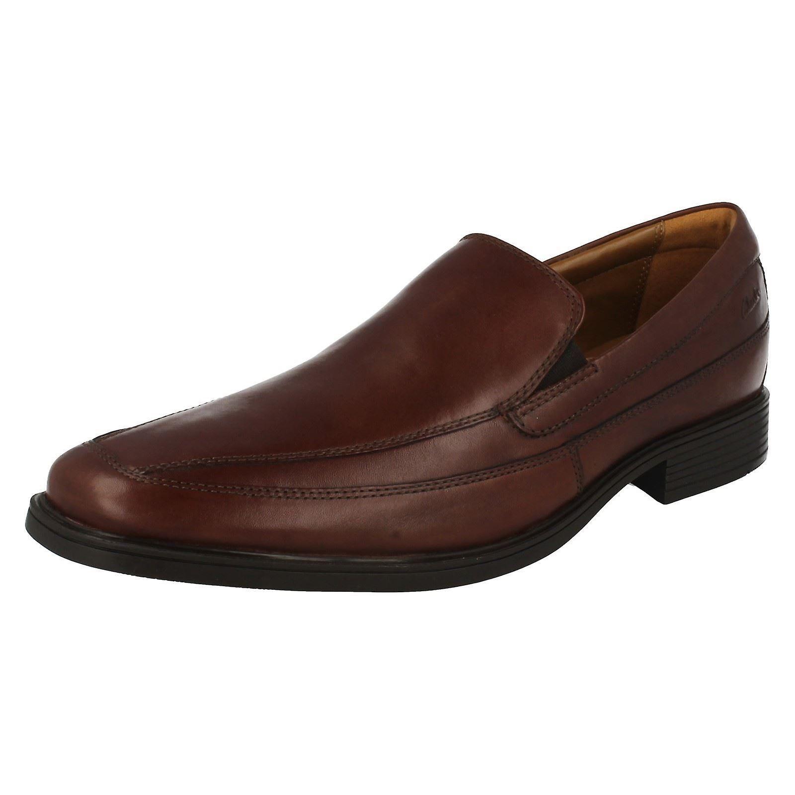 Mens Clarks formelle Slip On chaussures Tilden gratuit