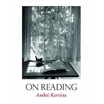 Bei der Lektüre von Andre Kertesz - Robert Gurbo - 9780393066562 Buch