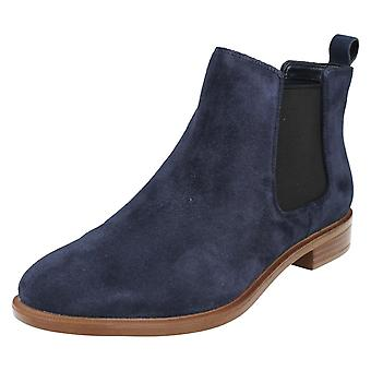 Ladies Clarks Chelsea Boots Taylor Shine Navy Suede Size 6.5D