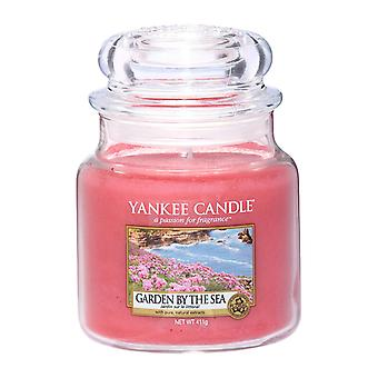 Yankee Candle Classic Medium Jar Candle Garden By The Sea 411g