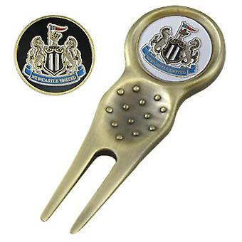 Newcastle United Divot Tool & Marker
