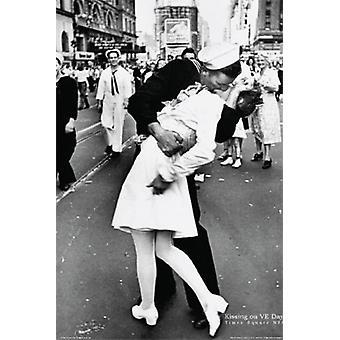 Sailors Kiss VJ day NYC Poster Poster Print